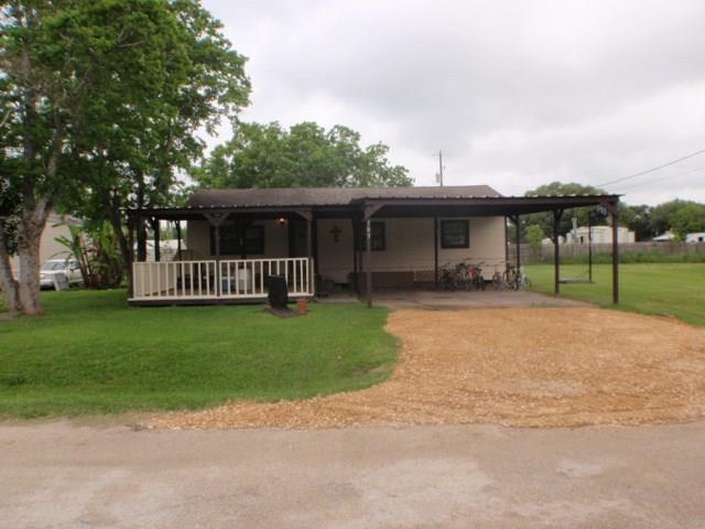 29 1st Street E Street, Markham, TX 77456 (MLS #18194287) :: Texas Home Shop Realty