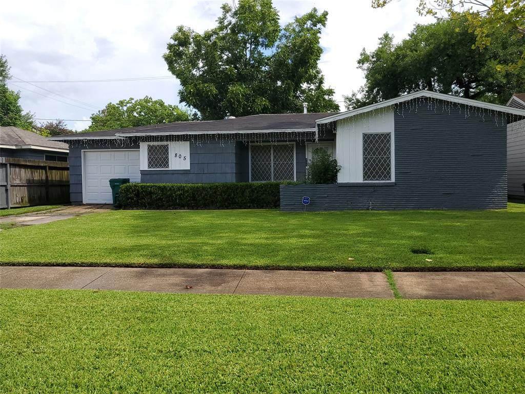 805 Valerie Avenue - Photo 1