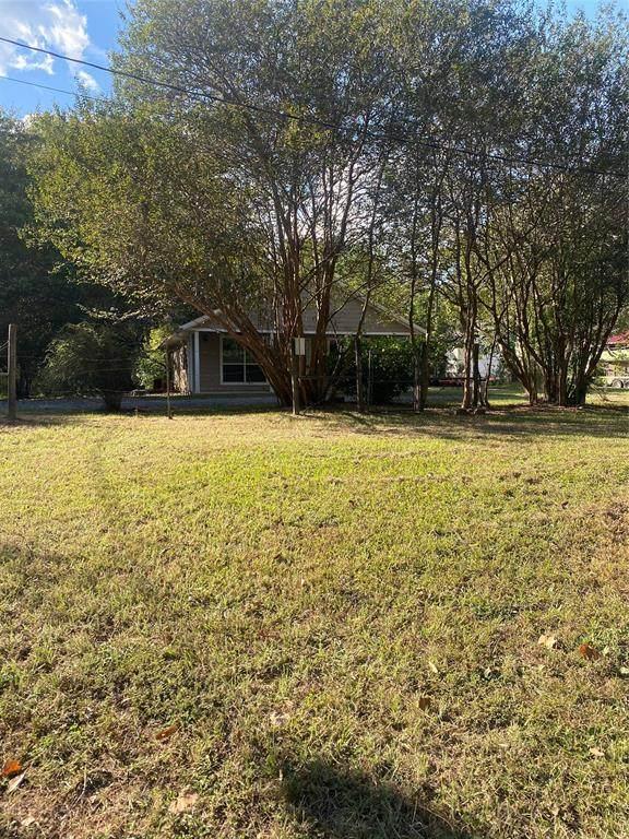 3702 Boettcher Drive, Huntsville, TX 77340 (MLS #18605125) :: Green Residential