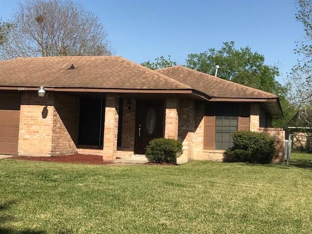 12007 Binghampton Drive, Houston, TX 77089 (MLS #18866286) :: Magnolia Realty