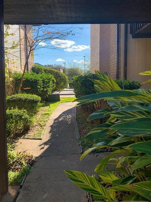 1500 Bay Area Boulevard #327, Houston, TX 77058 (MLS #19350865) :: Texas Home Shop Realty