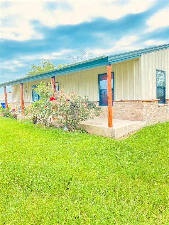 9612 Fm 2548, Midway, TX 75852 (MLS #19482410) :: My BCS Home Real Estate Group