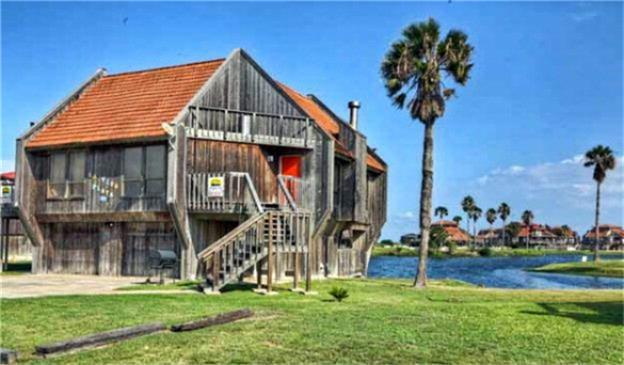 54 Pr 640 Dunes Drive 15,16 Condo, Matagorda, TX 77457 (MLS #1956144) :: Texas Home Shop Realty