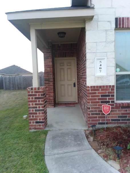 5407 Rustling Gates Lane, Katy, TX 77449 (MLS #19867778) :: Guevara Backman