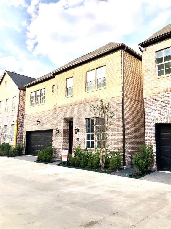 10910 Grove Tree Lane, Houston, TX 77043 (MLS #20003795) :: NewHomePrograms.com LLC