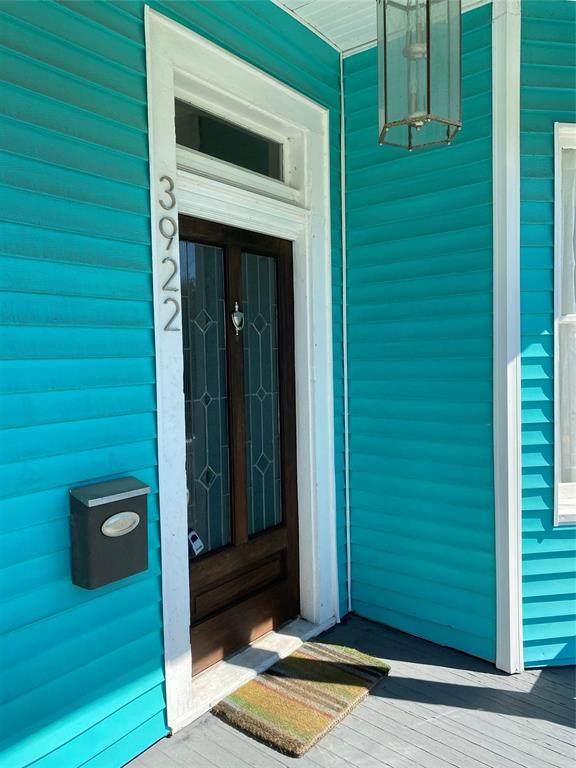 3922 Avenue N 1/2, Galveston, TX 77550 (MLS #2022004) :: Keller Williams Realty