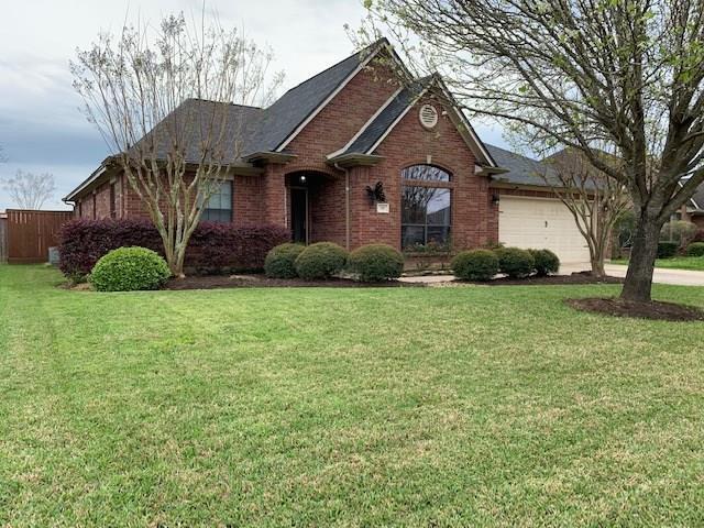 110 Dove Trail, Richwood, TX 77531 (MLS #20269185) :: Fairwater Westmont Real Estate