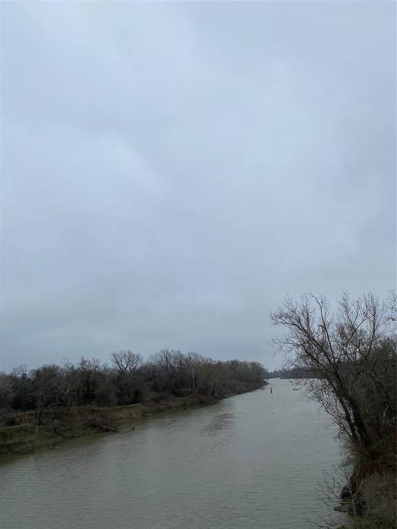 0 River Plant Road, Altair, TX 77412 (MLS #20536769) :: The Parodi Team at Realty Associates