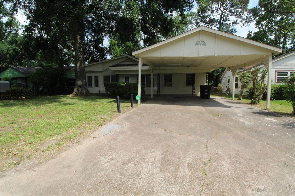 7310 Sterlingshire Street - Photo 1