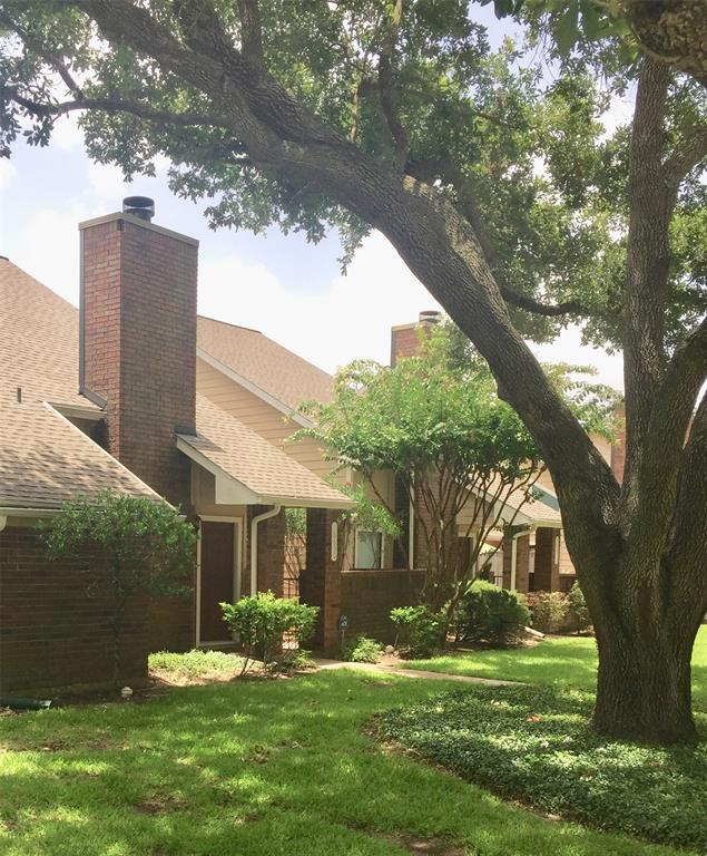 16630 Holly Trail Drive, Houston, TX 77058 (MLS #20838812) :: The SOLD by George Team