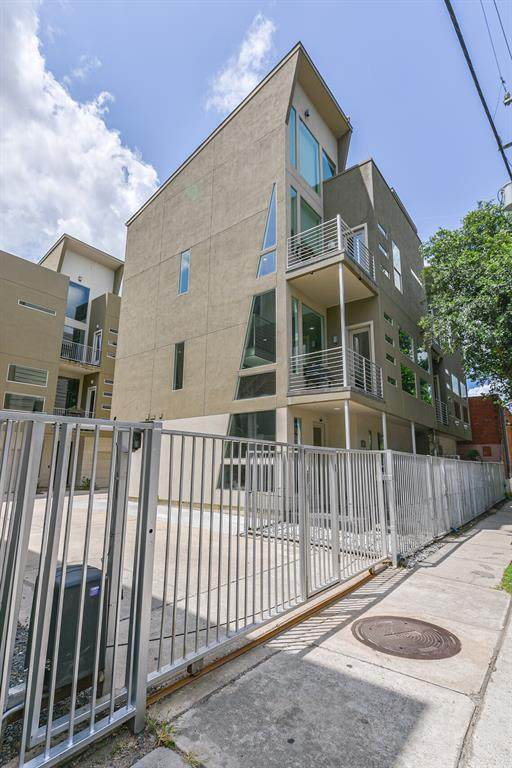 902 Hutchins Street, Houston, TX 77003 (MLS #20876100) :: The Freund Group