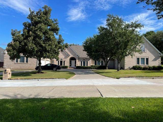 117 April Waters Drive N, Montgomery, TX 77356 (MLS #20967507) :: The Home Branch