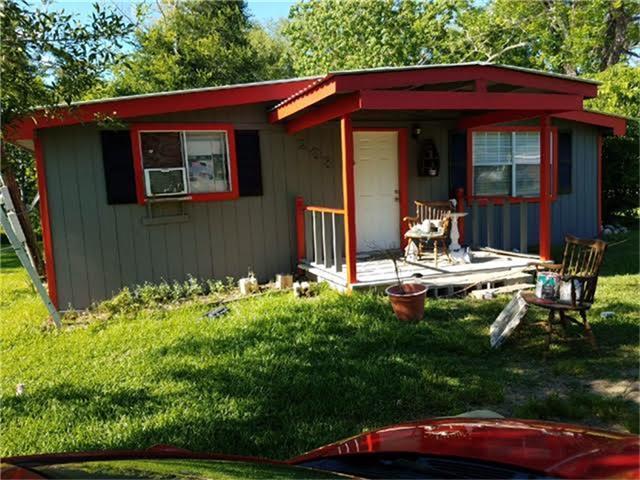 203 Coveview Drive, Houston, TX 77336 (MLS #20990919) :: Grayson-Patton Team