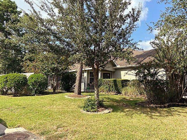 3 Marywood Drive, Conroe, TX 77384 (MLS #21083803) :: Michele Harmon Team
