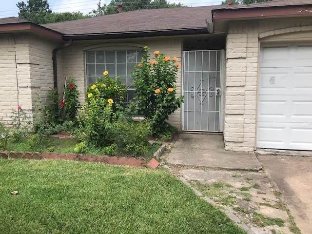 8114 Riptide Drive, Houston, TX 77072 (MLS #2129390) :: Bay Area Elite Properties