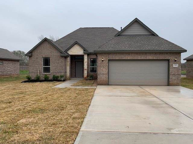 1311 Gifford Road, Angleton, TX 77515 (MLS #21560260) :: Connect Realty