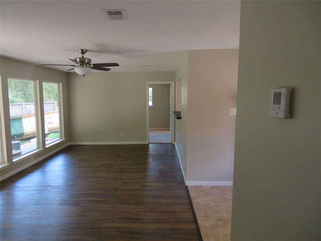 8716 Club House Drive - Photo 1