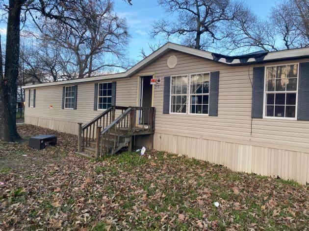 211 Shoemaker Road, Shepherd, TX 77371 (MLS #22133395) :: NewHomePrograms.com LLC