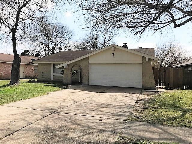 2407 Green Knoll Drive, Houston, TX 77067 (MLS #22370412) :: Giorgi Real Estate Group