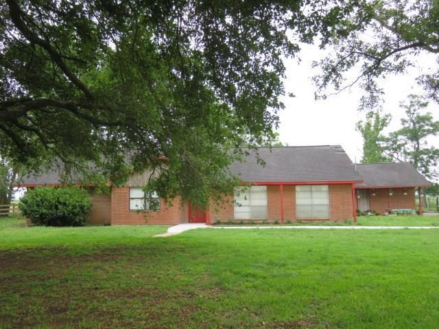 2842 Fm 2614, Elm Grove, TX 77434 (MLS #2253193) :: Texas Home Shop Realty
