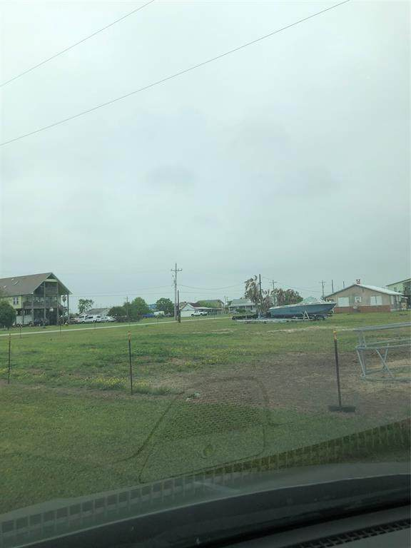 516 Overton Avenue, Port Bolivar, TX 77650 (MLS #2258670) :: Connell Team with Better Homes and Gardens, Gary Greene