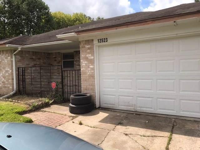 12523 Gotham Drive, Houston, TX 77089 (MLS #22702676) :: The Jill Smith Team