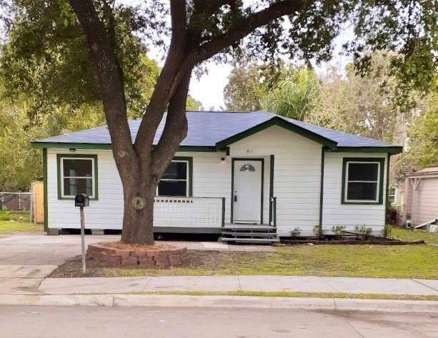 911 Seymour Street, Pasadena, TX 77506 (MLS #2283217) :: The SOLD by George Team