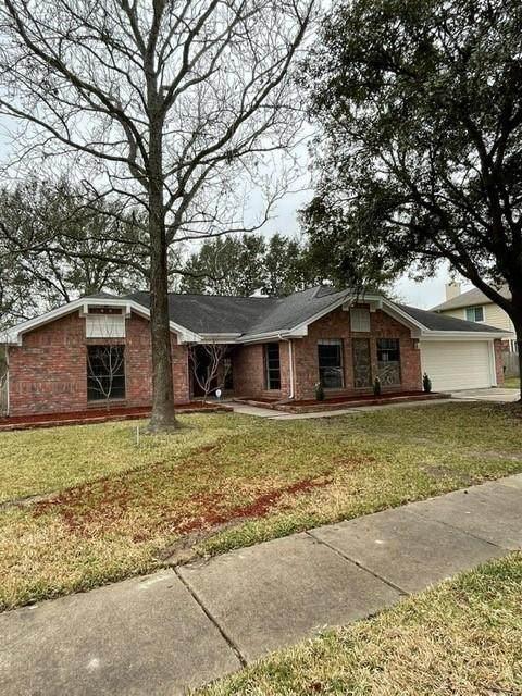 13115 Georgetown Dr, Sugar Land, TX 77478 (MLS #23386358) :: Front Real Estate Co.