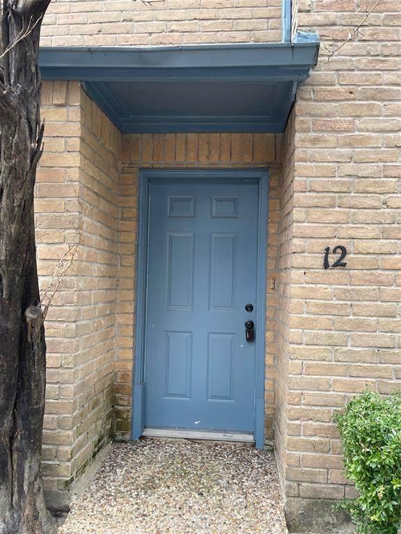 10001 Westpark Drive #12, Houston, TX 77042 (MLS #23705768) :: Lerner Realty Solutions