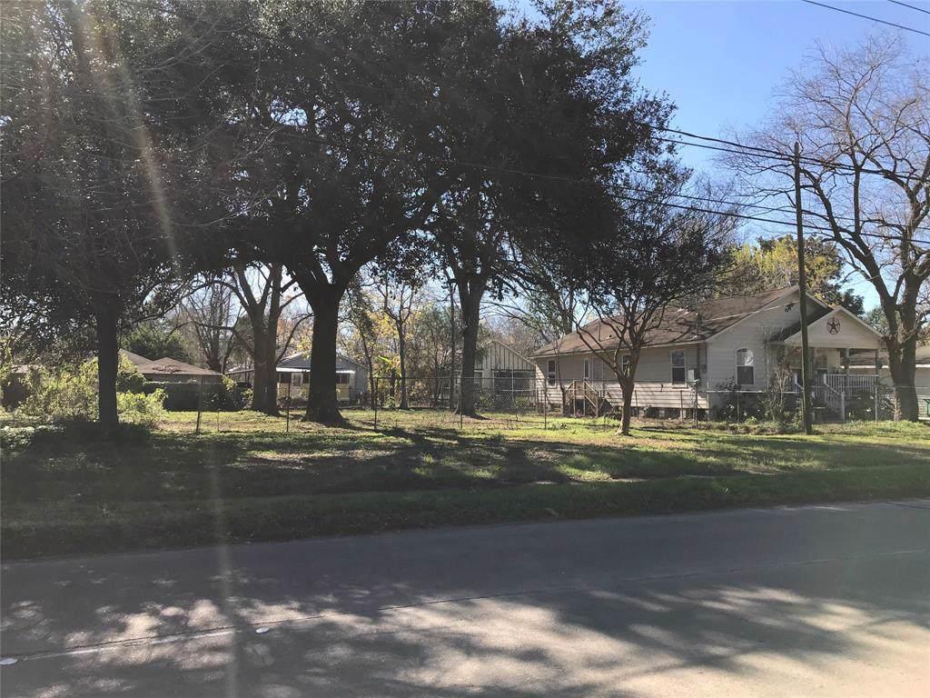 4314 Collingsworth Street - Photo 1