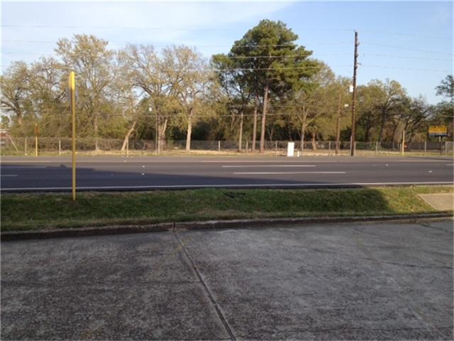 11718 Jones, Houston, TX 77070 (MLS #23873106) :: Texas Home Shop Realty