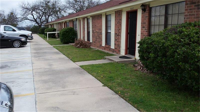 1311 Central Tx Expressway - Photo 1