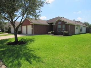 3919 N Oak Plank Road, Fresno, TX 77545 (MLS #24673195) :: King Realty