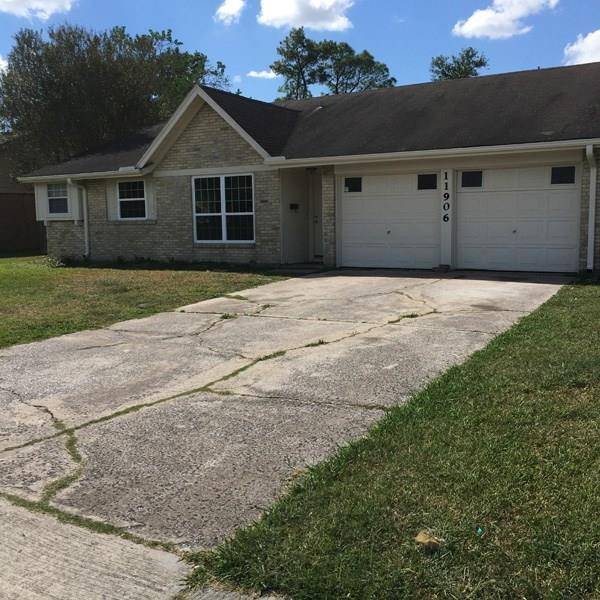 11906 Chimney Rock Road, Houston, TX 77035 (MLS #24814102) :: REMAX Space Center - The Bly Team