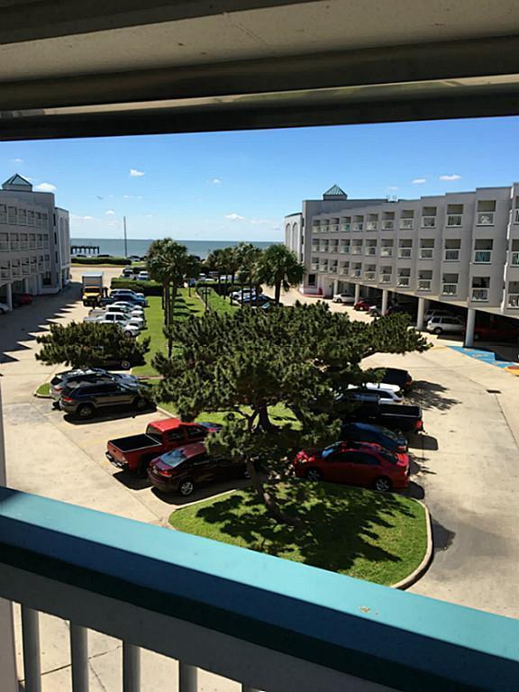 6102 Seawall Boulevard #244, Galveston, TX 77551 (MLS #24847514) :: Christy Buck Team
