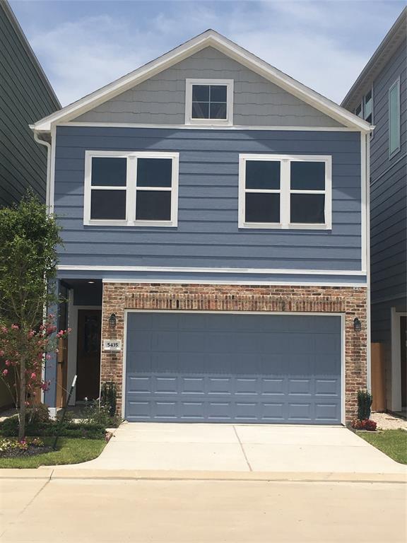 5435 Holguin Hollow, Houston, TX 77023 (MLS #25096324) :: Giorgi Real Estate Group