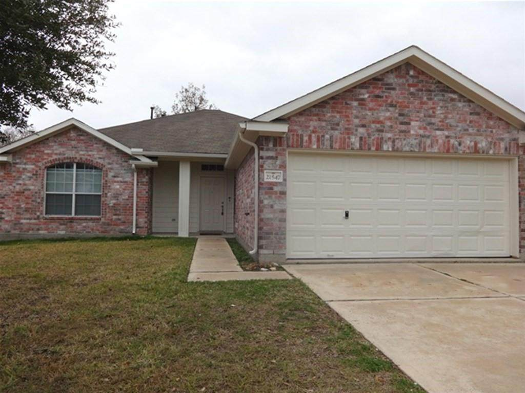 21547 Forest Colony Drive - Photo 1
