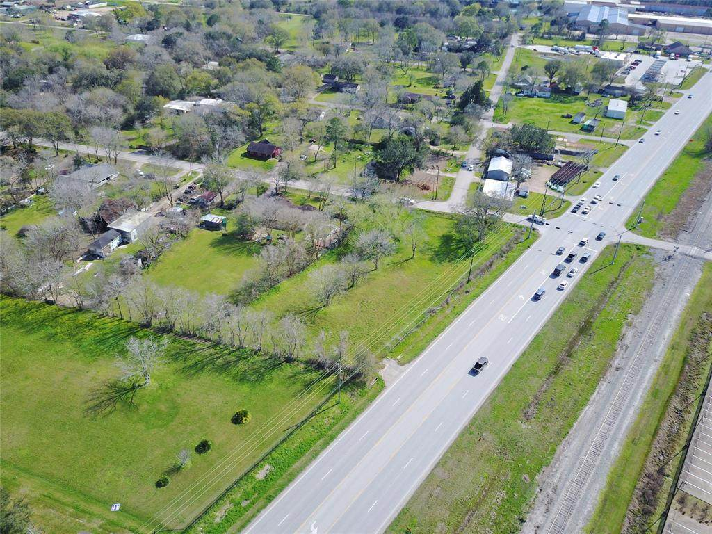 119 Dallas Road - Photo 1