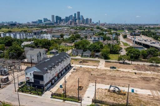 821 Bringhurst Street, Houston, TX 77020 (MLS #25547341) :: Michele Harmon Team