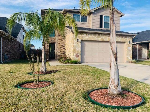 5222 Bay Lane, Bacliff, TX 77518 (MLS #25835928) :: The Bly Team