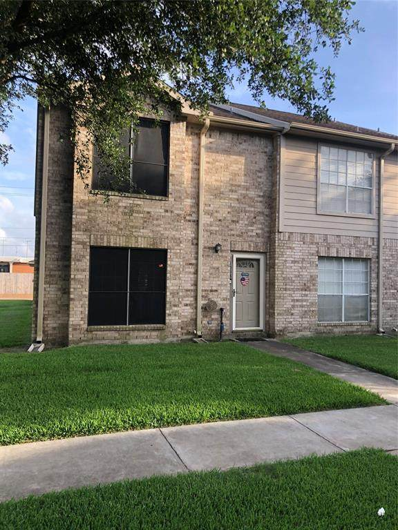 1053 Birnham Woods Boulevard, Pasadena, TX 77503 (MLS #26002785) :: The Heyl Group at Keller Williams