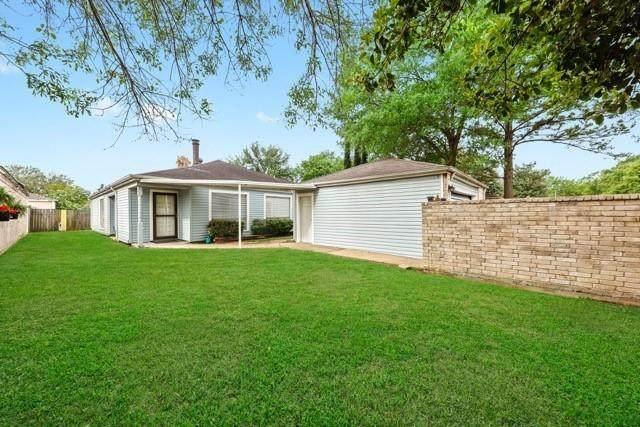 11903 S Youngwood Lane, Houston, TX 77043 (MLS #26055675) :: Homemax Properties