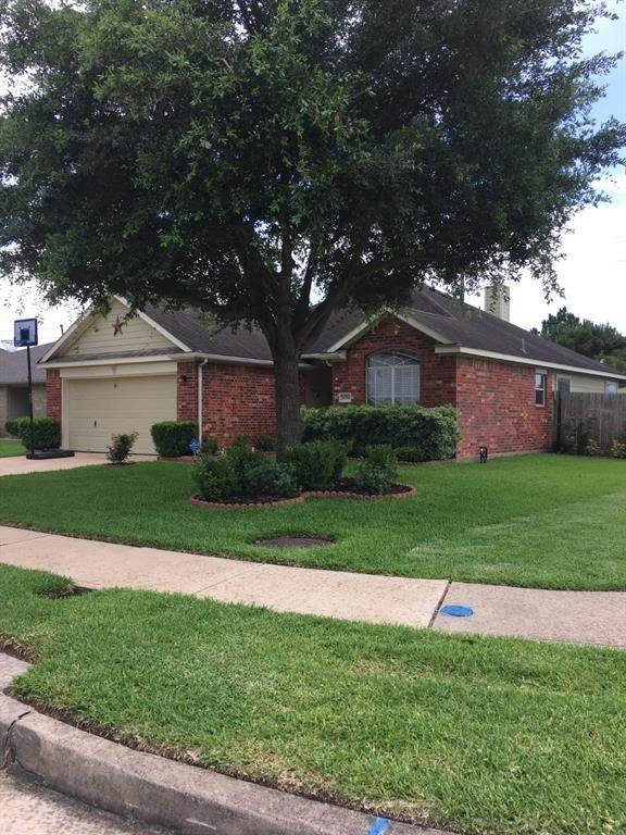21719 Manor Court Drive, Katy, TX 77449 (MLS #26902986) :: The Bly Team