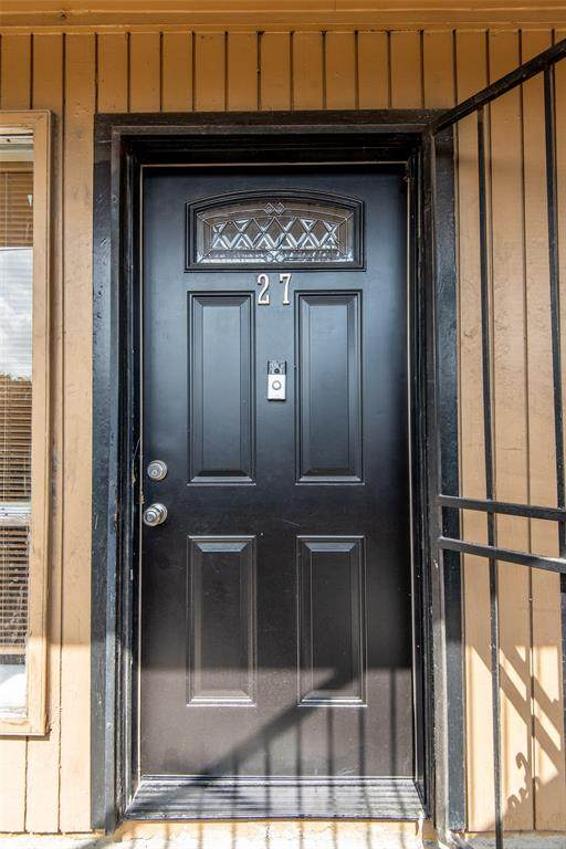 1529 Wirt Road #27, Houston, TX 77055 (MLS #27021818) :: Lerner Realty Solutions