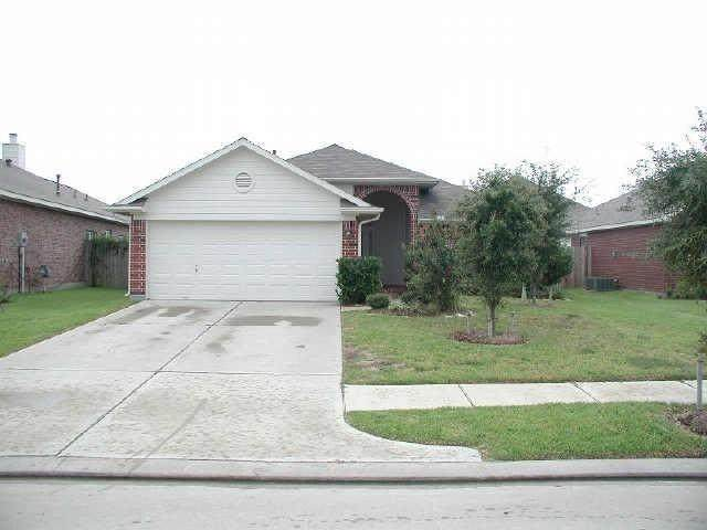 19935 Sterling Falls Drive, Katy, TX 77449 (MLS #27195608) :: Connell Team with Better Homes and Gardens, Gary Greene