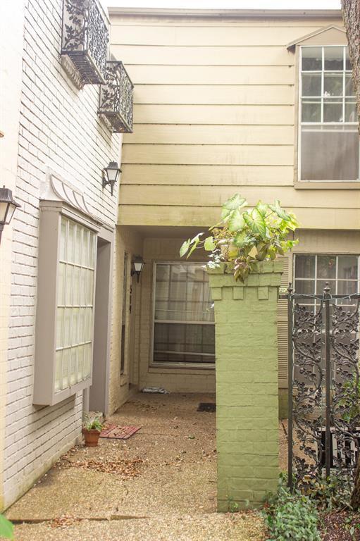 11515 Burdine Street #519, Houston, TX 77035 (MLS #27274625) :: Magnolia Realty
