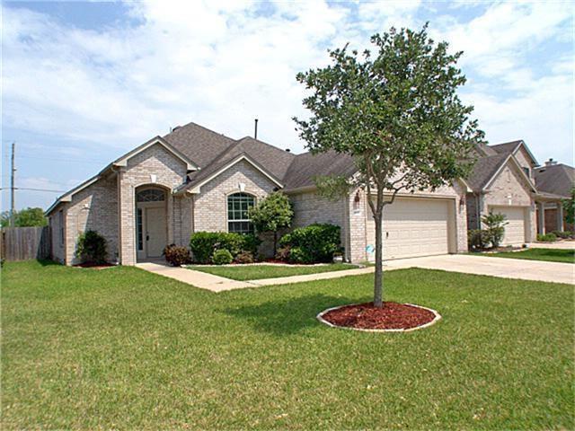 2607 Sun Cove Lane, Pearland, TX 77584 (MLS #27838528) :: Texas Home Shop Realty