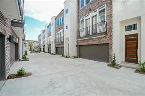 5521 Larkin Street D, Houston, TX 77007 (MLS #27838537) :: The Home Branch