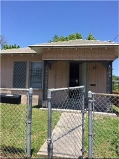 717 E 32nd 1/2 Street, Houston, TX 77022 (MLS #27909457) :: JL Realty Team at Coldwell Banker, United