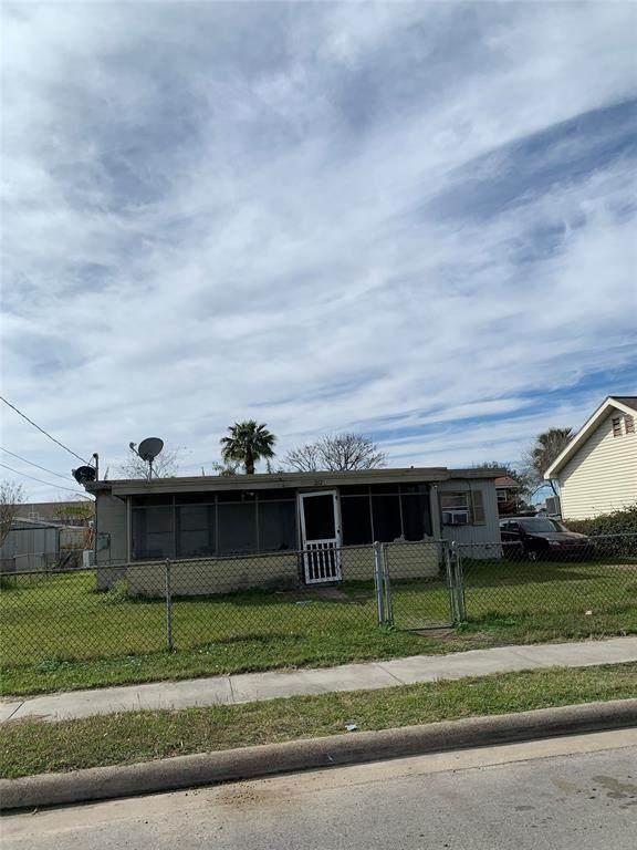 2121 67th Street, Galveston, TX 77551 (MLS #28107504) :: Homemax Properties